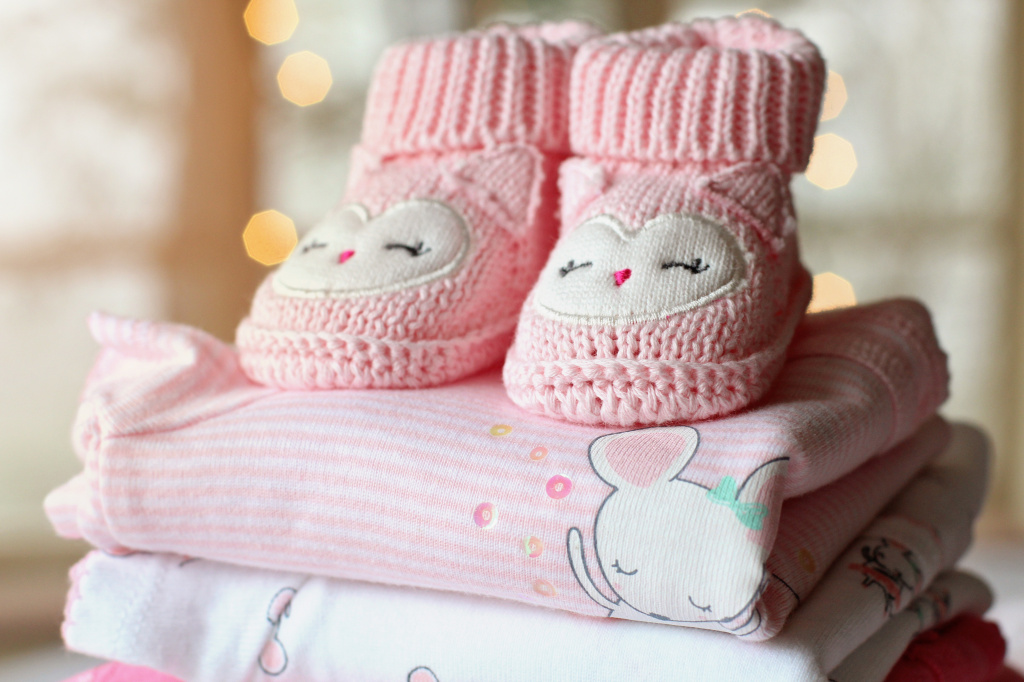 accessories-adorable-baby-325867.jpg